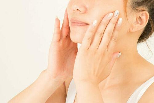 顔の医療脱毛の回数の目安
